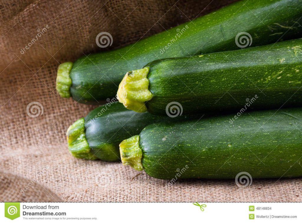 fresh-zucchini-close-up-green-squash